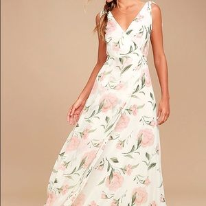 Lulu's ROMANTIC POSSIBILITIES WHITE FLORAL MAXI